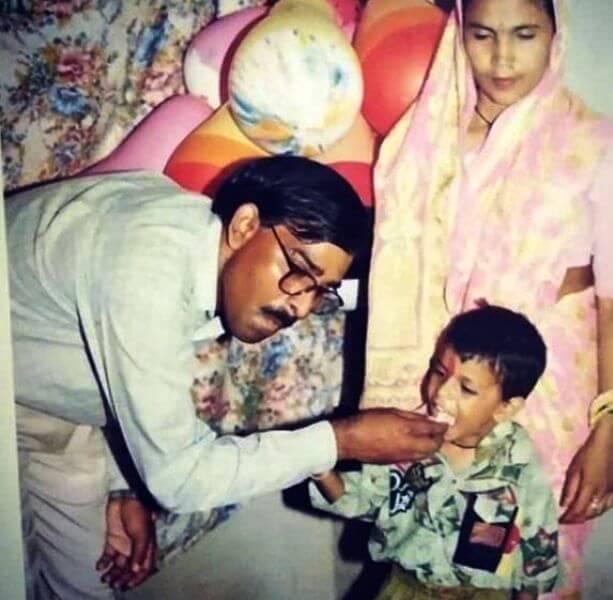 Jitendra Kumar Father