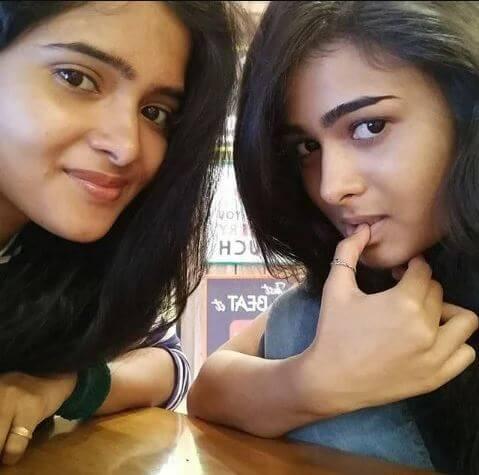 Shalini pandey sister