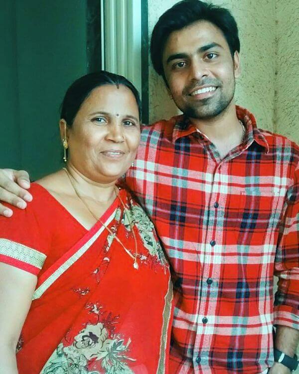 Jitendra Kumar Mother