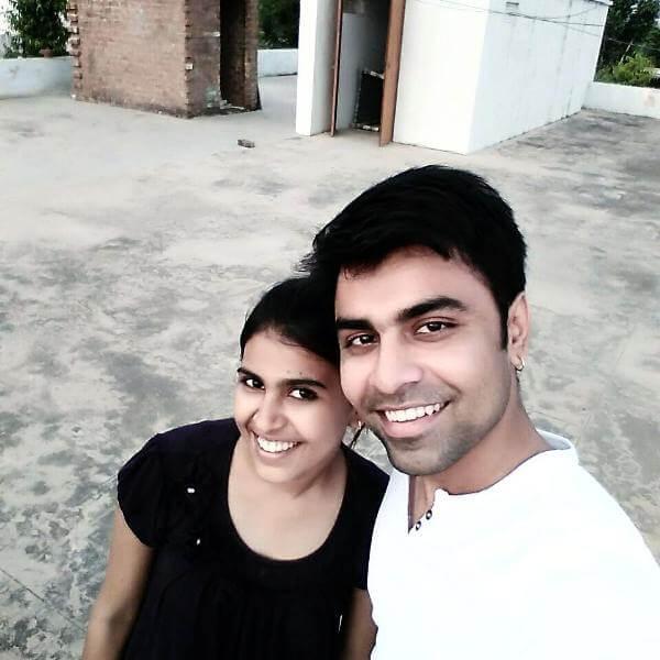 Jitendra Kumar Sister