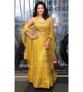 sunny leone physical stats